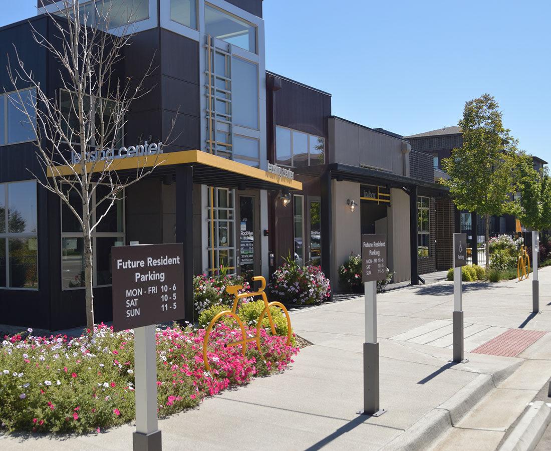 Rockvue Apartments leasing center signage exterior