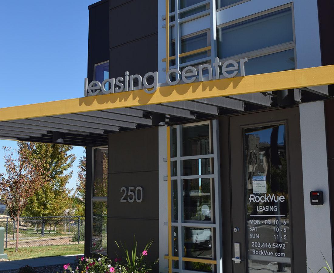 Rockvue Apartments leasing center