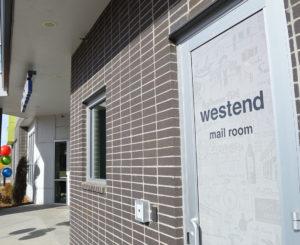 Westend Apartments door vinyl