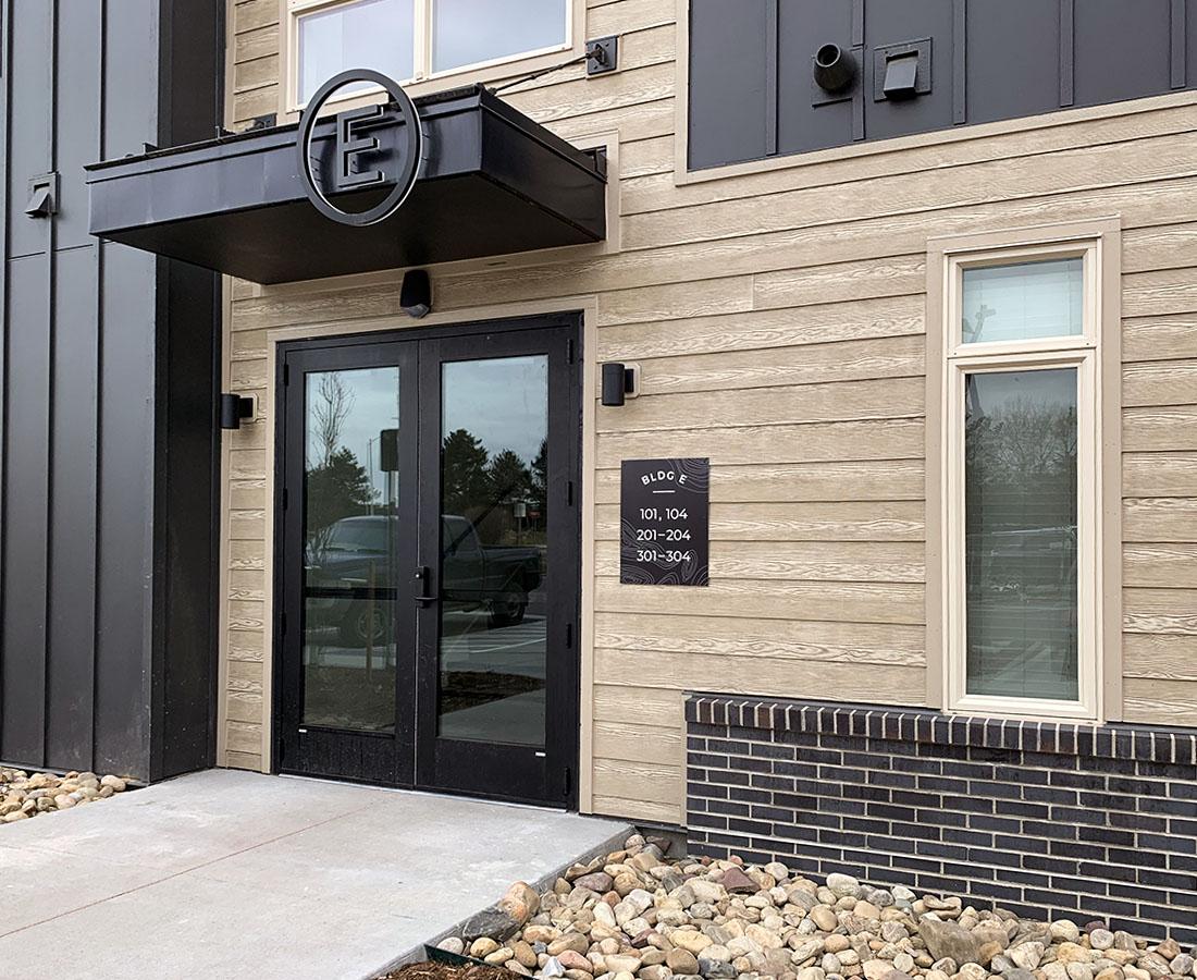 Clovis Point Apartments building E exterior signs